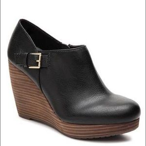 Dr. Scholl's Honor Ankle Wedge Booties
